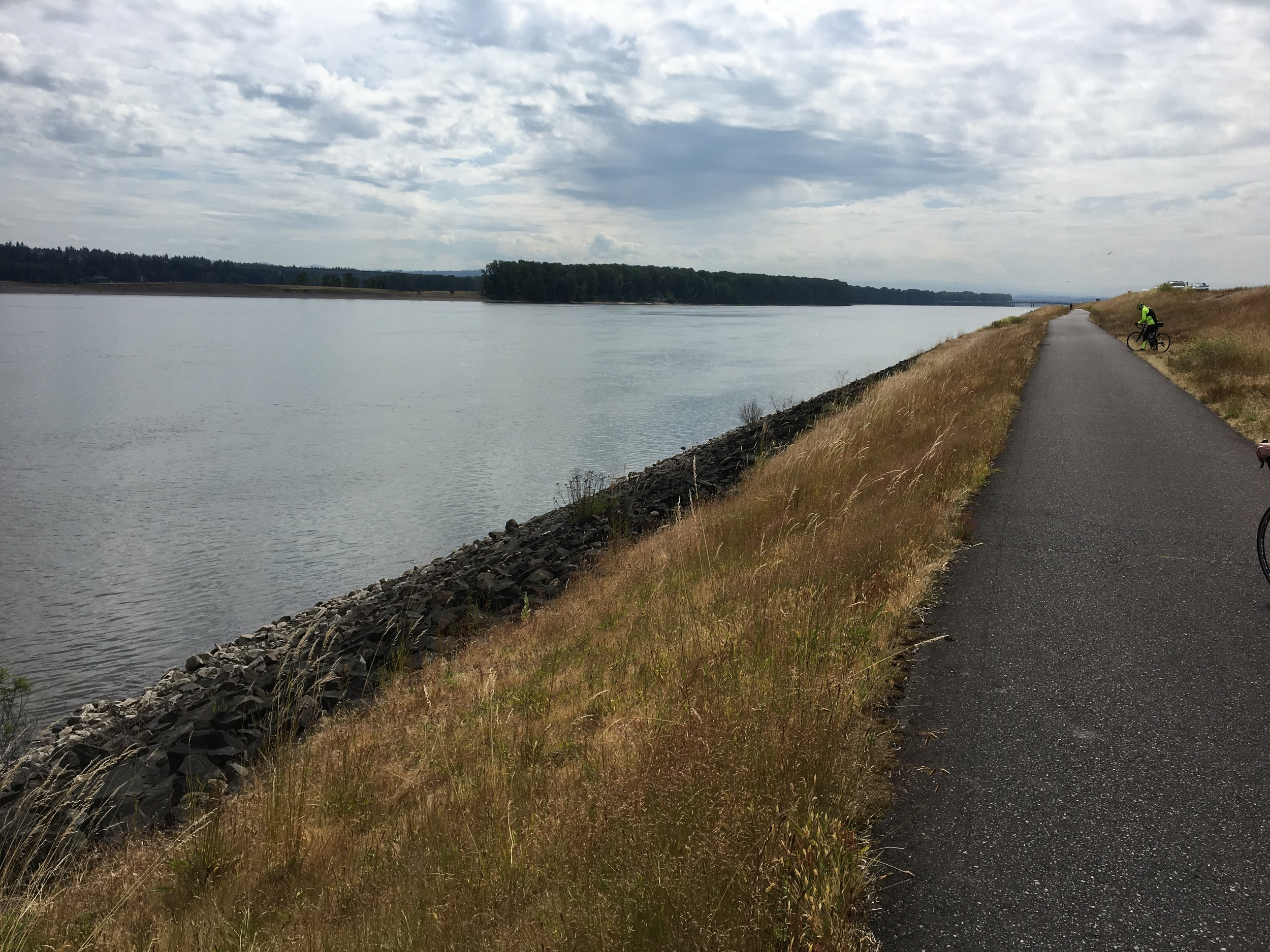 - Bike path along the Columbia River