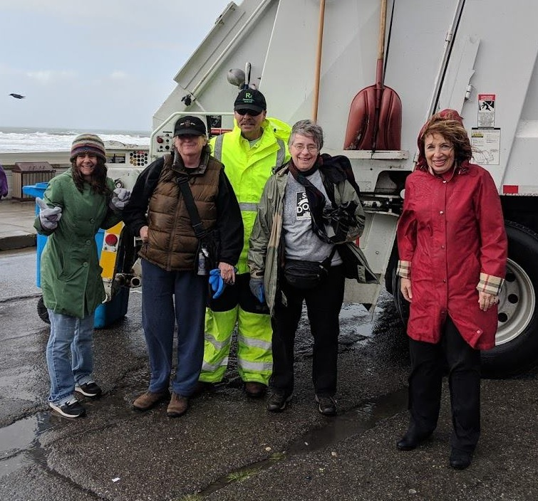 SFDOG , Recology, and House Representatives Jackie Speier and Jaren Huffman cleaned up trash at Ocean Beach, neglected by the Government Shutdown