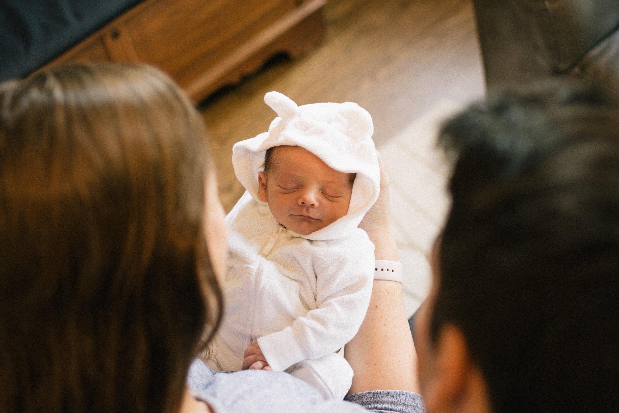 Cyrus-Newborn-L-CC (27 of 33).jpg
