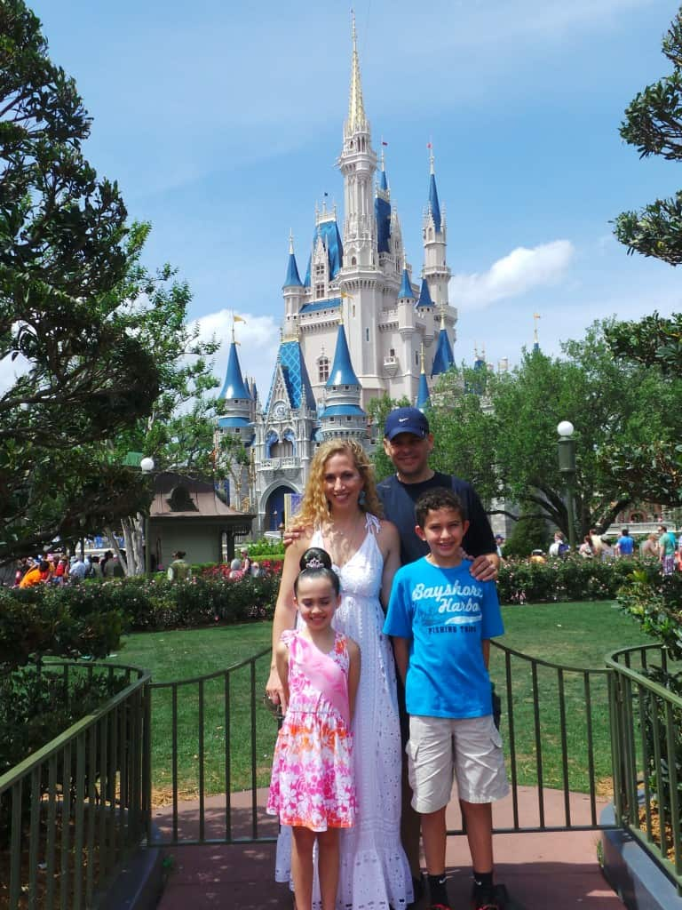 WDW-Disney-World-family-in-front-of-castle.jpg