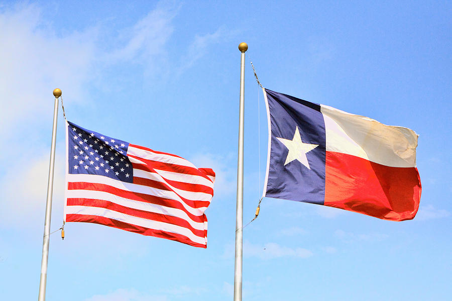 flying-flags-of-the-us-and-texas-linda-phelps.jpg