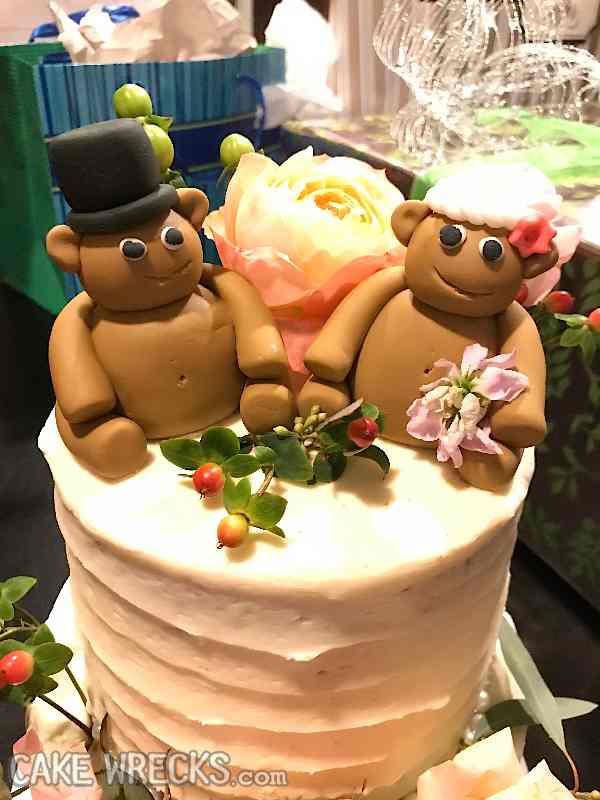 tshute.ow.bride+wanted+teddy+bears.jpg