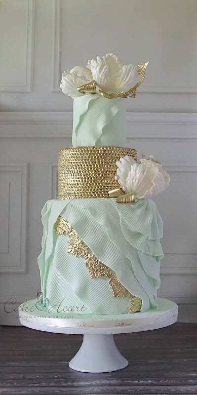 cakeheartgreen.jpg