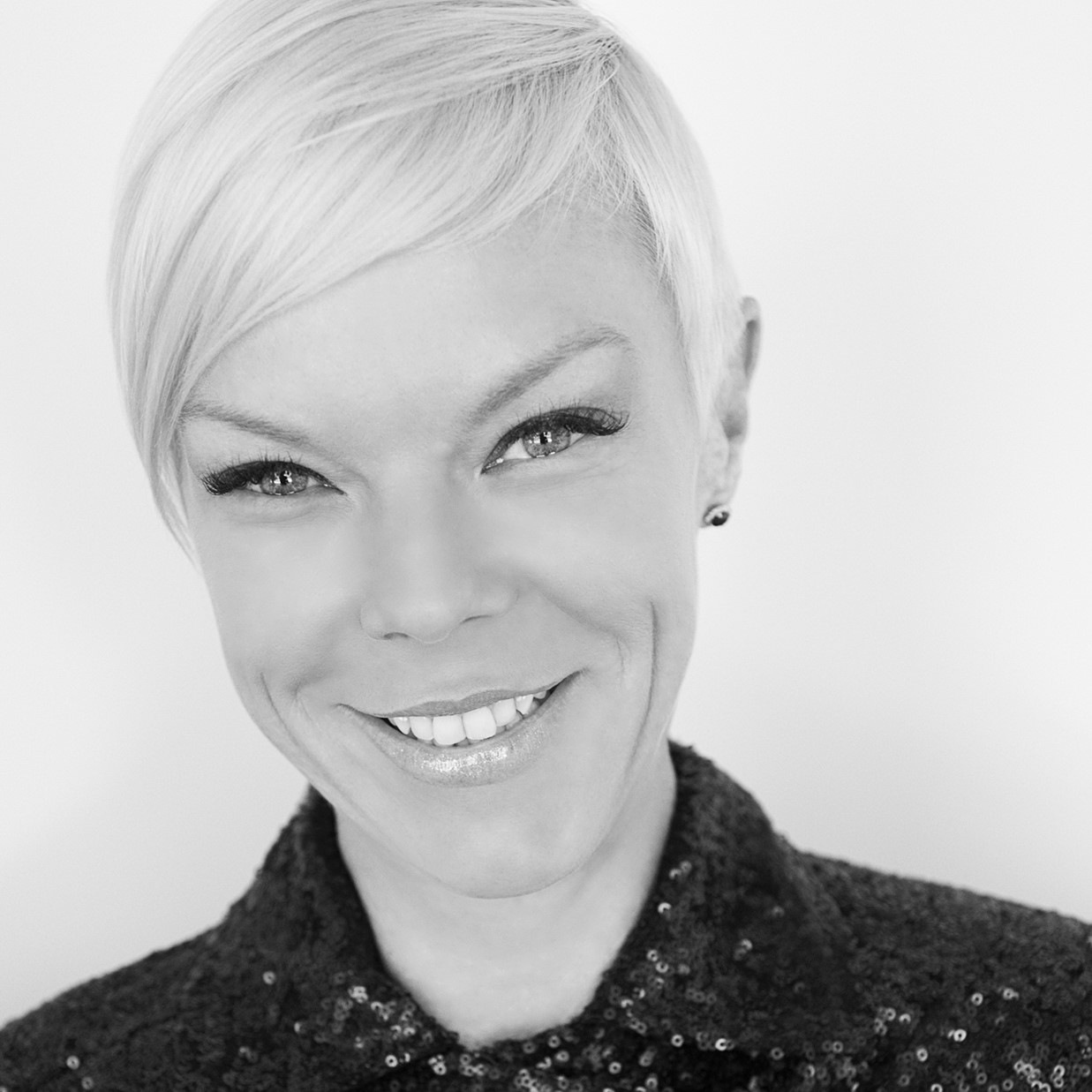 Tabatha Coffee B&W.jpg