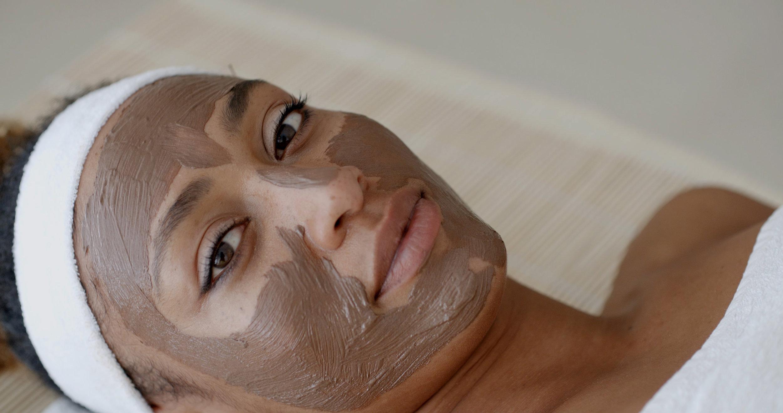 basic-facial-natrabella-skincare.jpeg