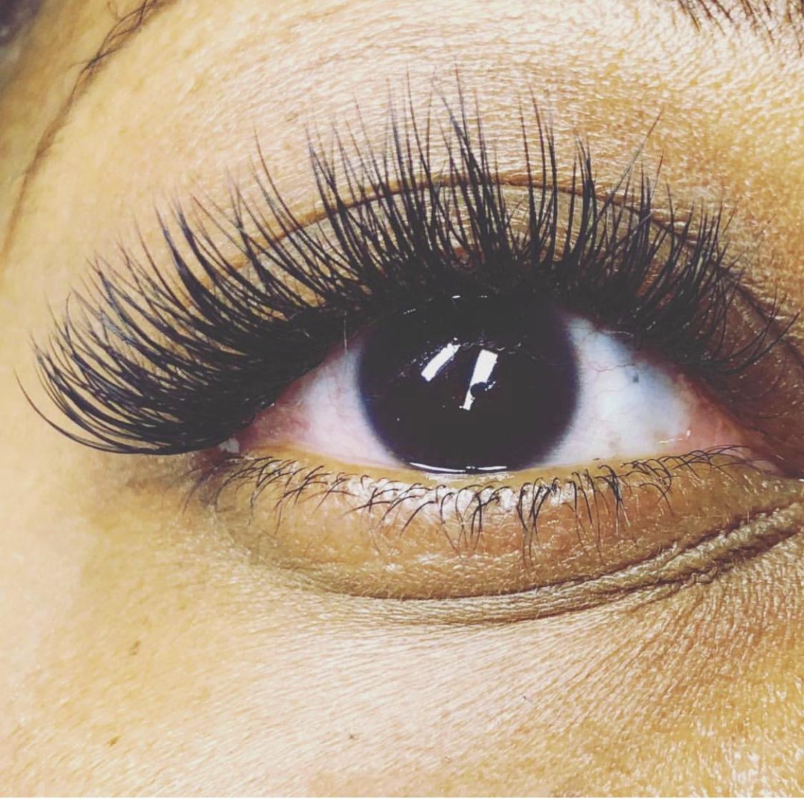 natrabella-skincare-eye-beauty.jpg