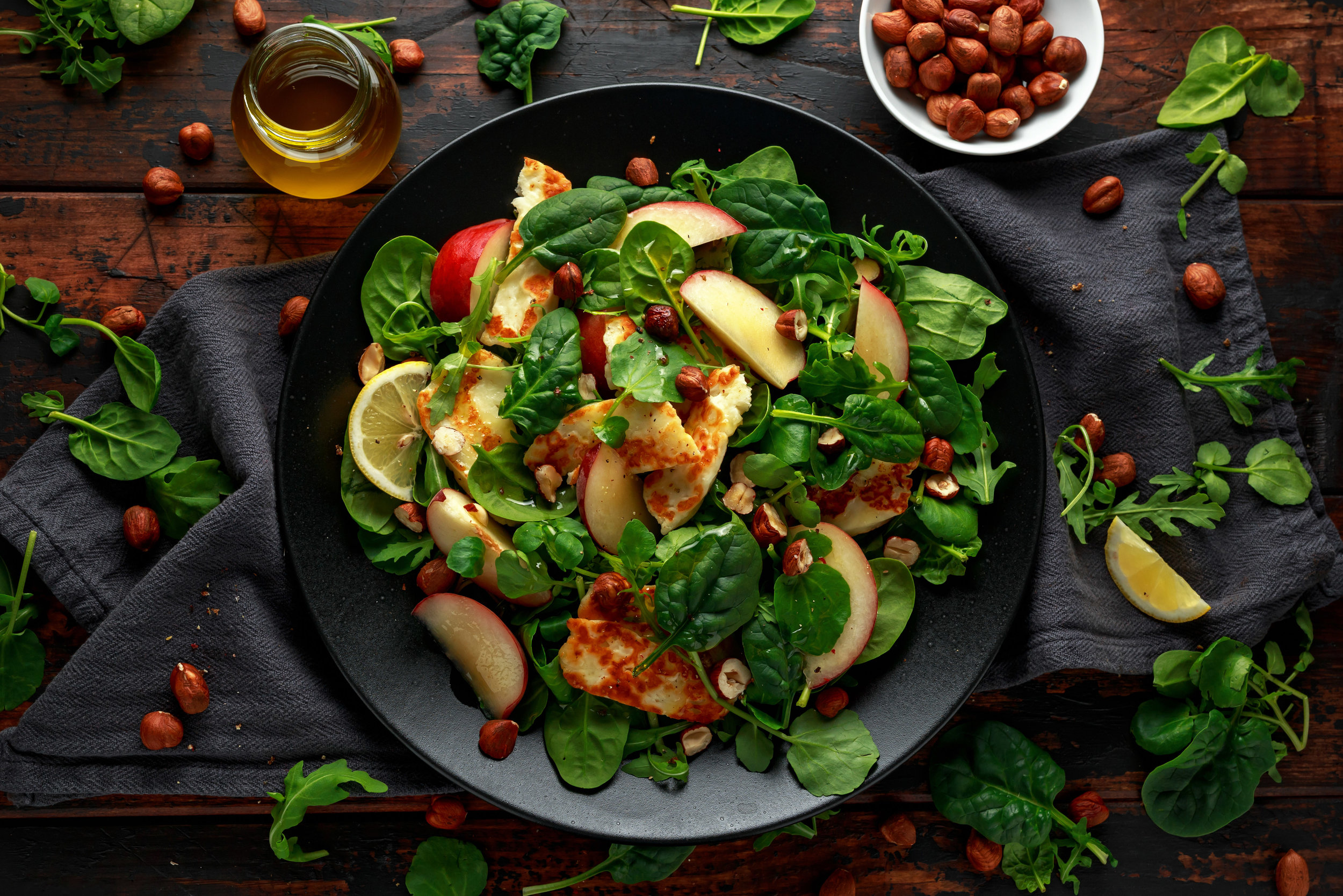 Try with grilled Halloumi Salad with peach & hazelnuts