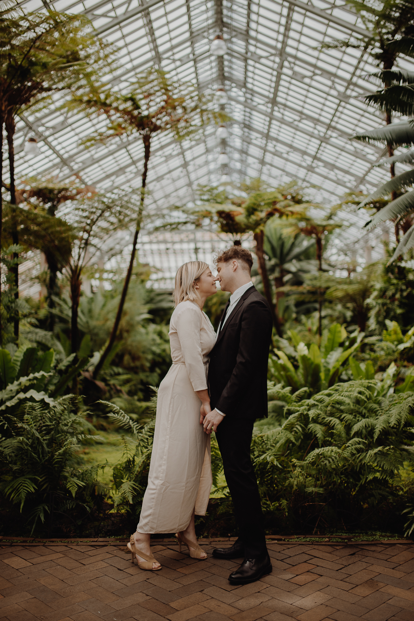What to tell your wedding photographer