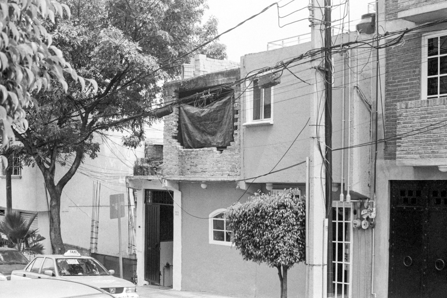 20190523_MexicoCIty_M5-KodakTrix400_014-Edit.jpg