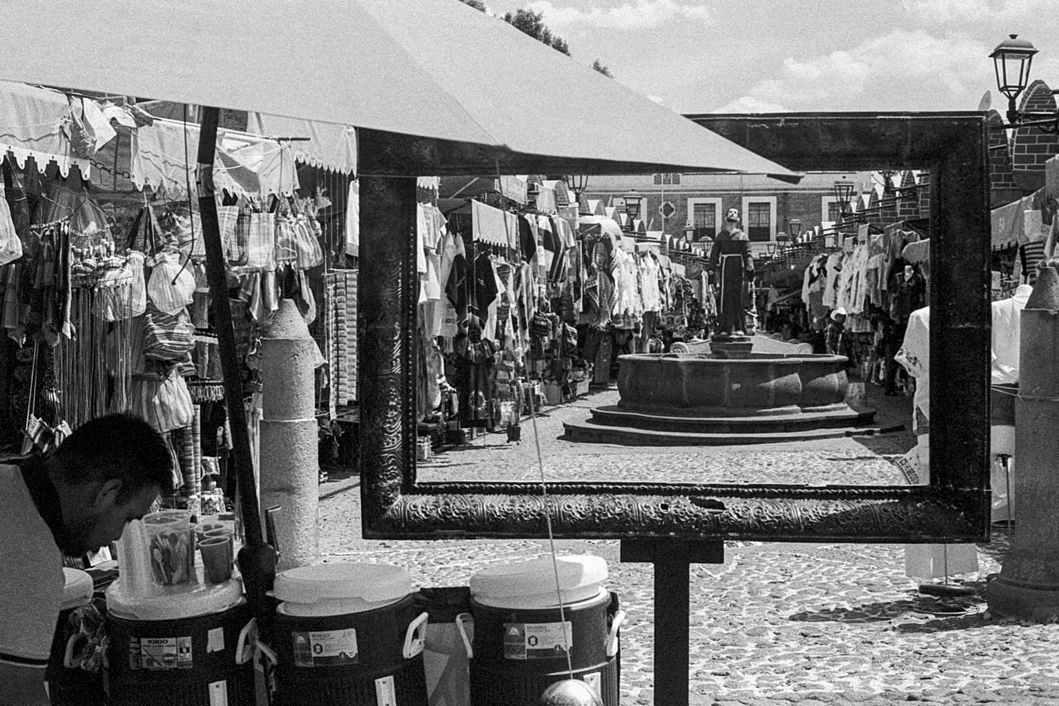 20190523_MexicoCIty_M5-KodakTrix400_024-Edit.jpg