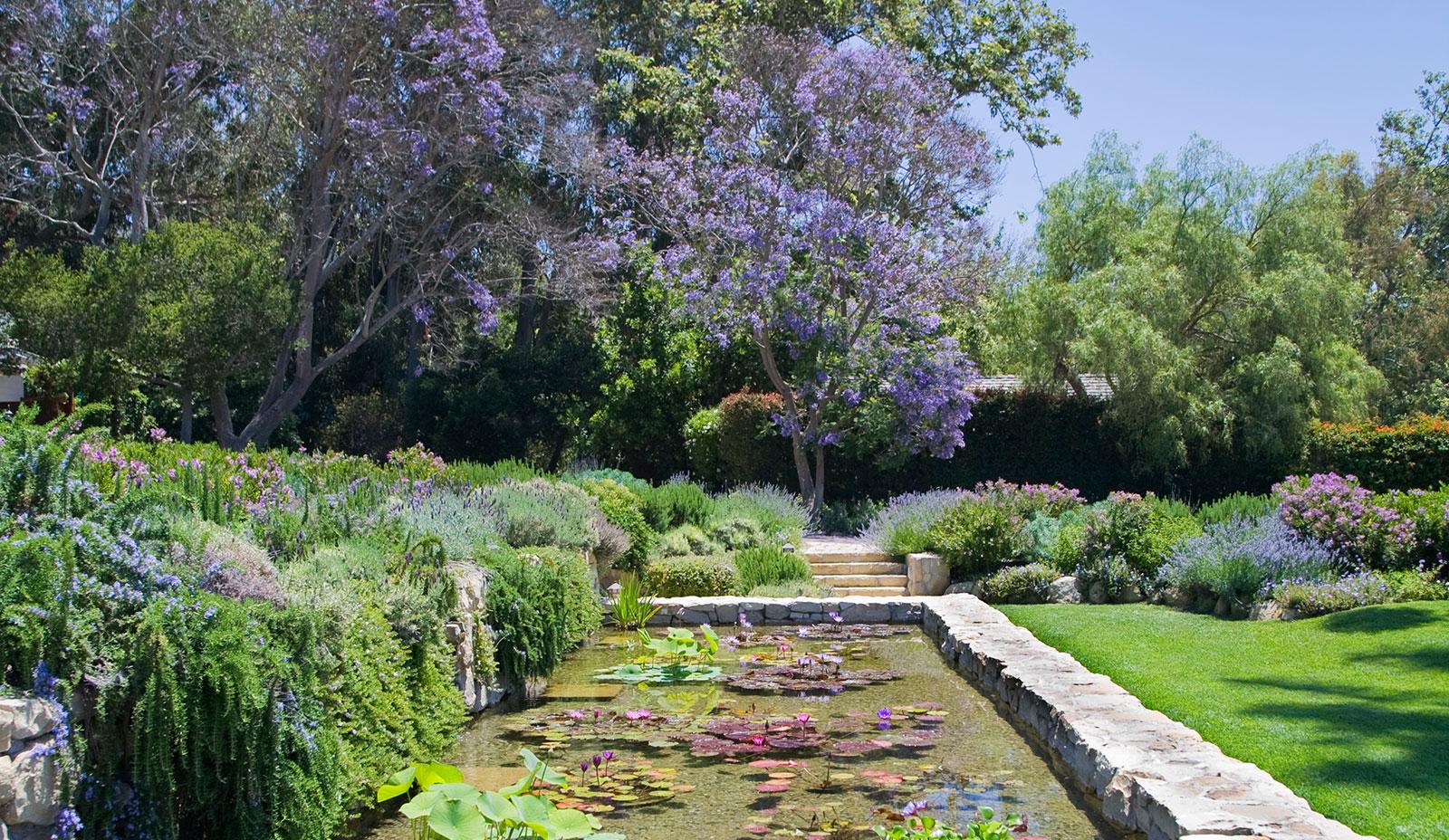 Photo: http://www.sanysidroranch.com/santa-barbara-gardens