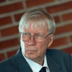""""""" Tunnen Wille Rydmanin. Hänessä yhdistyy isänmaallisuus, kansainvälisyys ja hyvin käyttäytyvä herrasmies. Äänestän Willeä. """"  - ERKKI SINKKO, 80, FILOSOFIAN TOHTORI, SIJOITTAJA"""