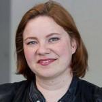 """""""Kulttuurin turvaamiseksi tarvitaan järkevää julkista taloudenpitoa.""""   - JENNI LÄTTILÄ, 41, SOPRAANO, OOPPERALAULAJA"""