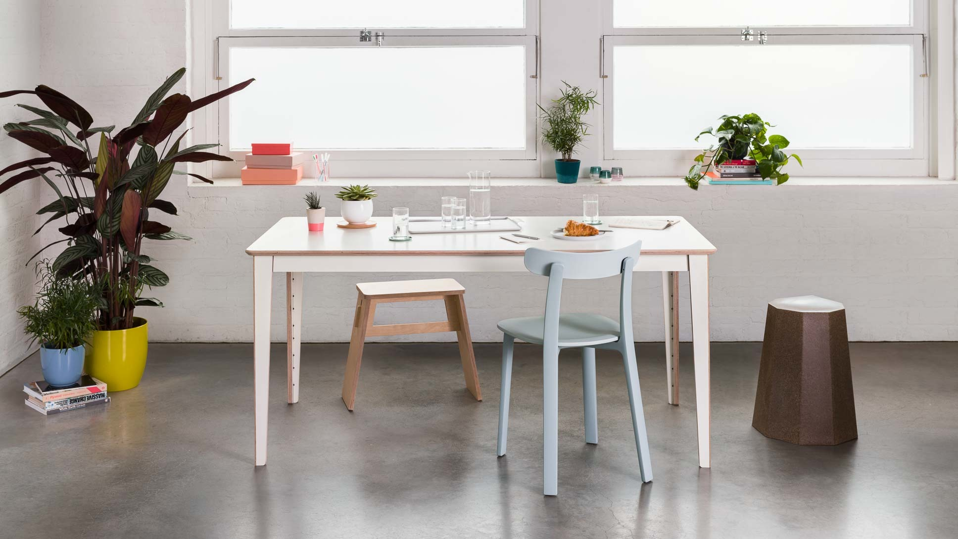 opendesk_furniture_unit-table_product-page_gallery-image-Scene2-6332_jw-edit.jpg