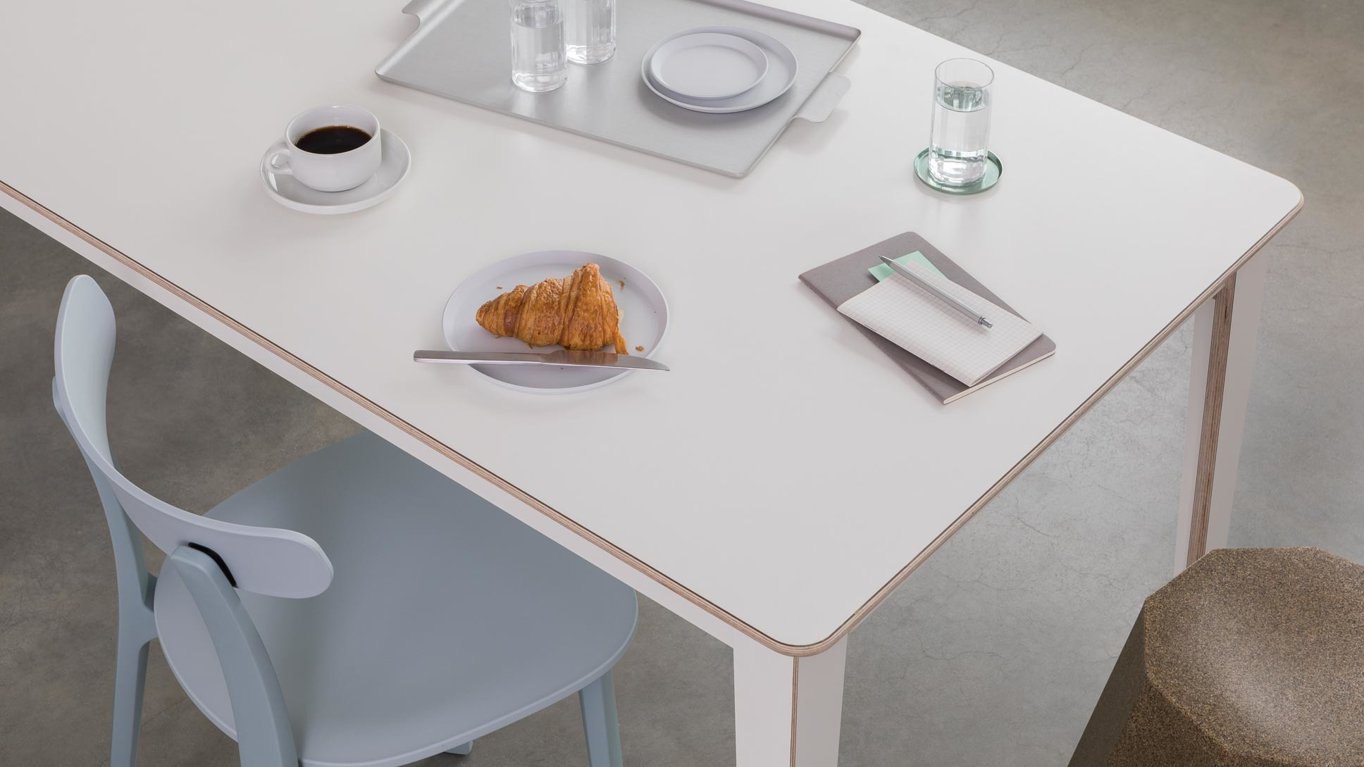 opendesk_furniture_unit-table_product-page_gallery-image-Scene2-6388_jw-edit.jpg