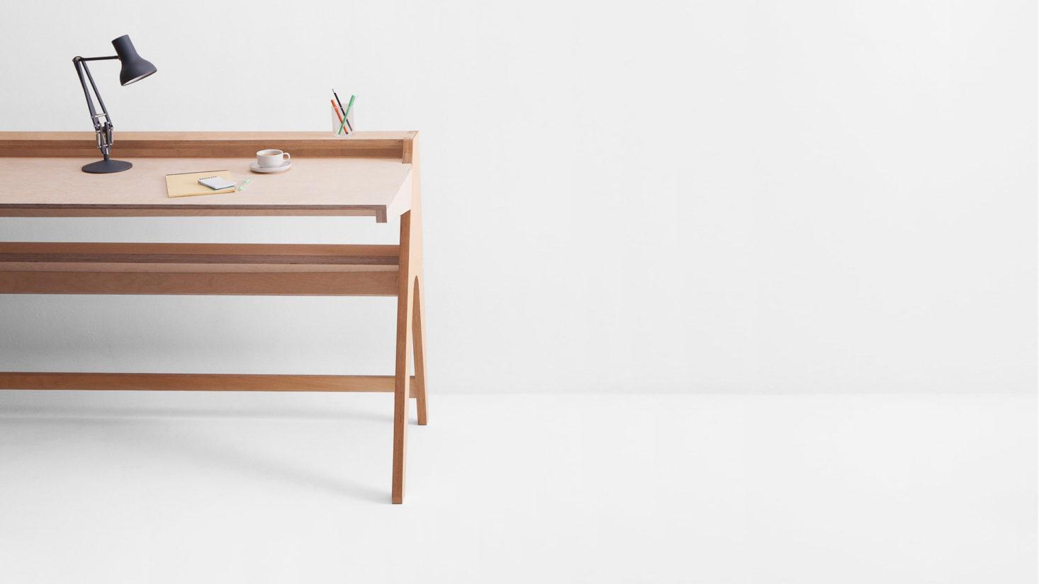 opendesk-lift-standing-desk-in-situ-1466x825.jpg