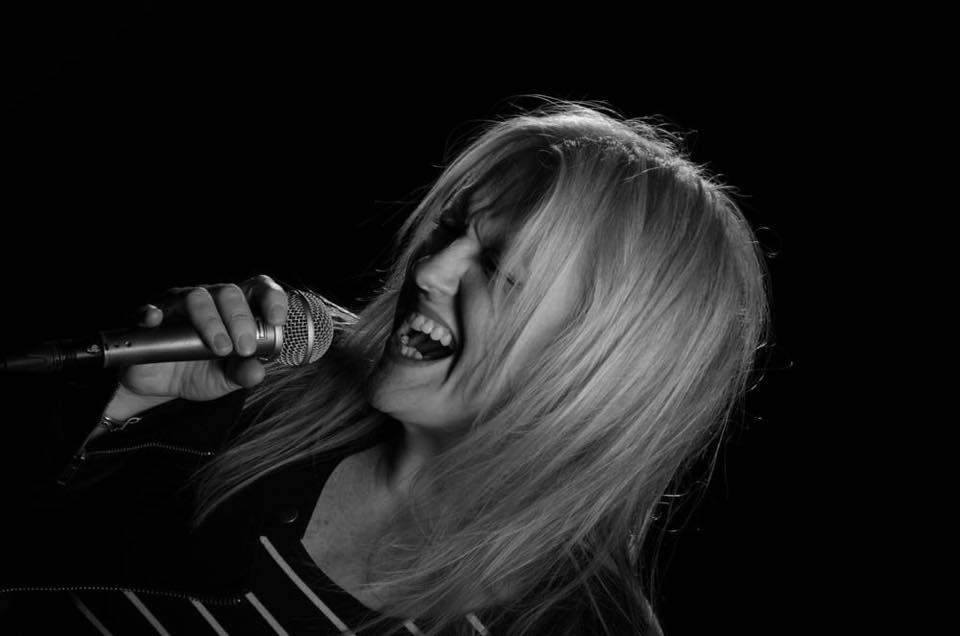 Powerhouse Soul & Blues Singer   Amy Mayes     Buy My EP