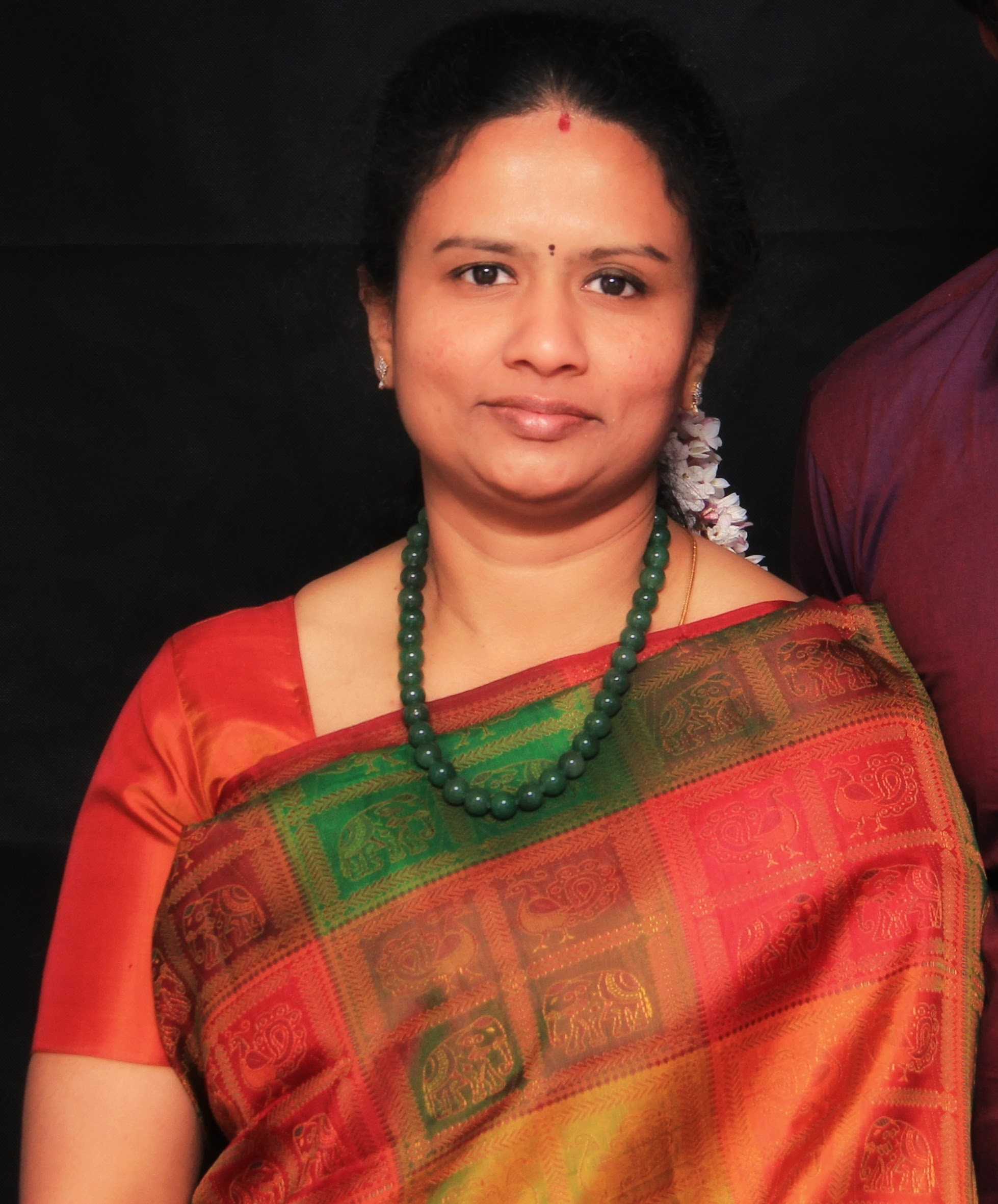 "Anudeepa Kadiresan - I am Anudeepa Kadiresan managing director of Dravidianart.I'm from Tamil Nadu southern part of India. Dravidian means ethnic group of indigenous people who speaks Tamil language. Proud to name my art gallery as Dravidian art.I'm a self-taught artist. I have passion in art from my childhood. God's blessing and family support made me to travel smooth in this mesmerising art world. My day won't get completed without sketching or doodling. I have tried variety of mediums and still in the learning process to master these wonderful art forms.""Immerse, mesmerise, adore and be courageous to perceive your passion in art"" Anudeepa kadiresan"