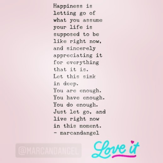 Saturday motivation🥰💪🏽🌸☀️💕 Thanks @marcandangel and @byhealthandme for this great reminder! #selfcare #appreciatewhatyouhave #liveinthemoment #onelife #happiness #happysaturday #saturdaymotivation #youglowwhenyourehappy #happy #thatglow #sunless #uvfree #glowingskin #spraytanhappy #charlottenc #fortmillsc #tegacaysc #rockhillsc #fortmillspraytan