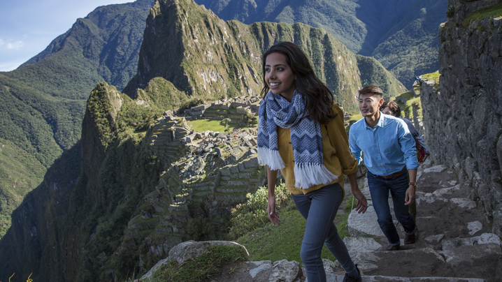 wide_large_Peru_Machu_Picchu_Travellers_Exploring_-_MG6875_Lg_RGB.jpg
