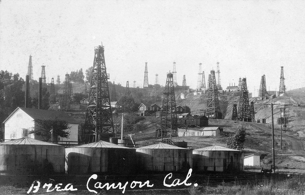 Oil field, Brea Canyon, Brea