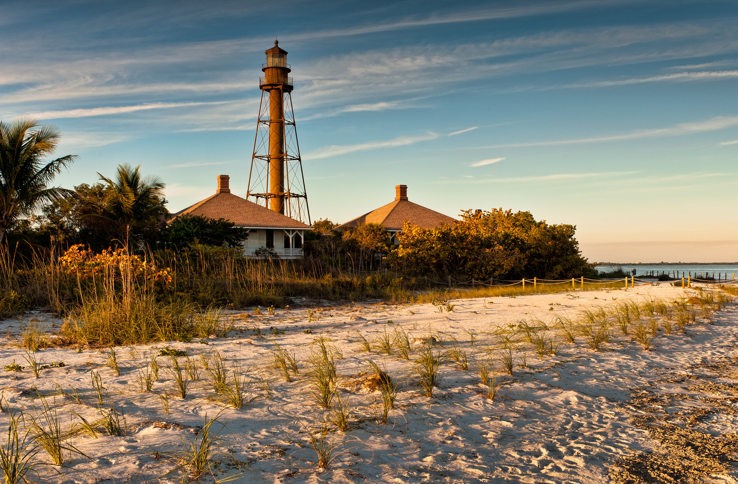 Lighthouse and pristine beach on the Gulf Coast of Florida
