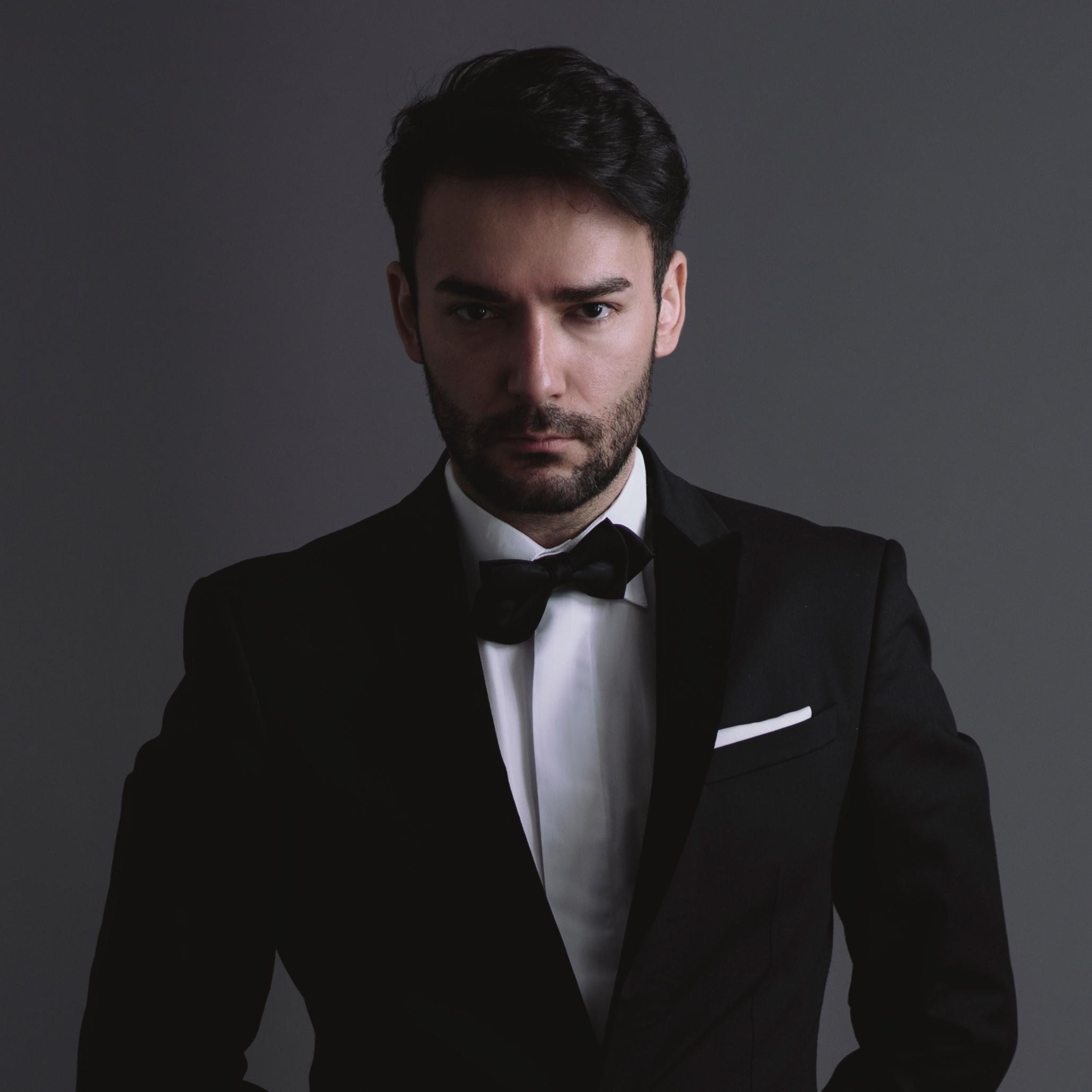 Aleksandar Nikolic - Royal Opera House Covent Garden歌剧导演皇家科文特花园歌剧院 & 贝尔格莱德国家歌剧院