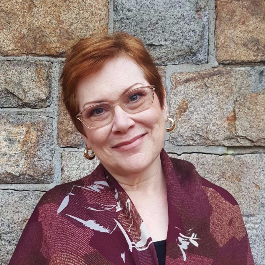 Karen Holvik - New England Conservatory女高音歌唱家新英格兰音乐学院声乐教授
