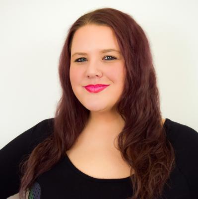 Caitlin MacLaughlin - Fashion Craving Podcaster