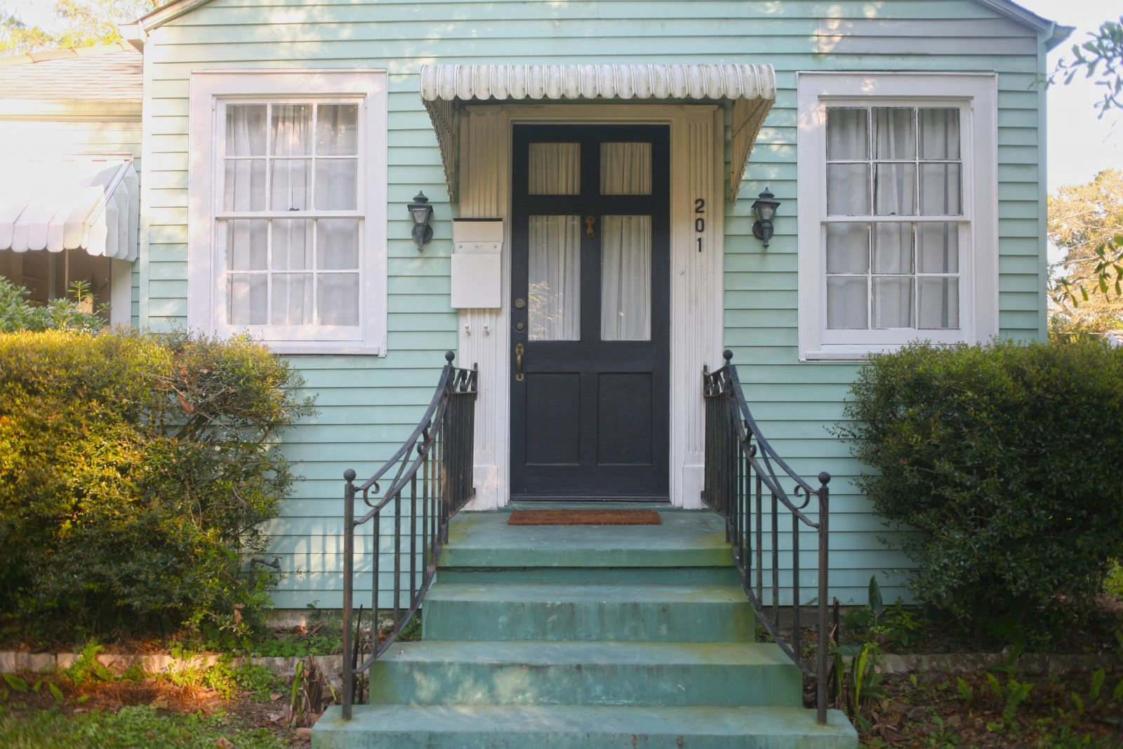 It's unanimous: Jefferson council votes to ban rentals like Airbnb in residential areas - Sponsored legislation to prohibit short-term rental activity