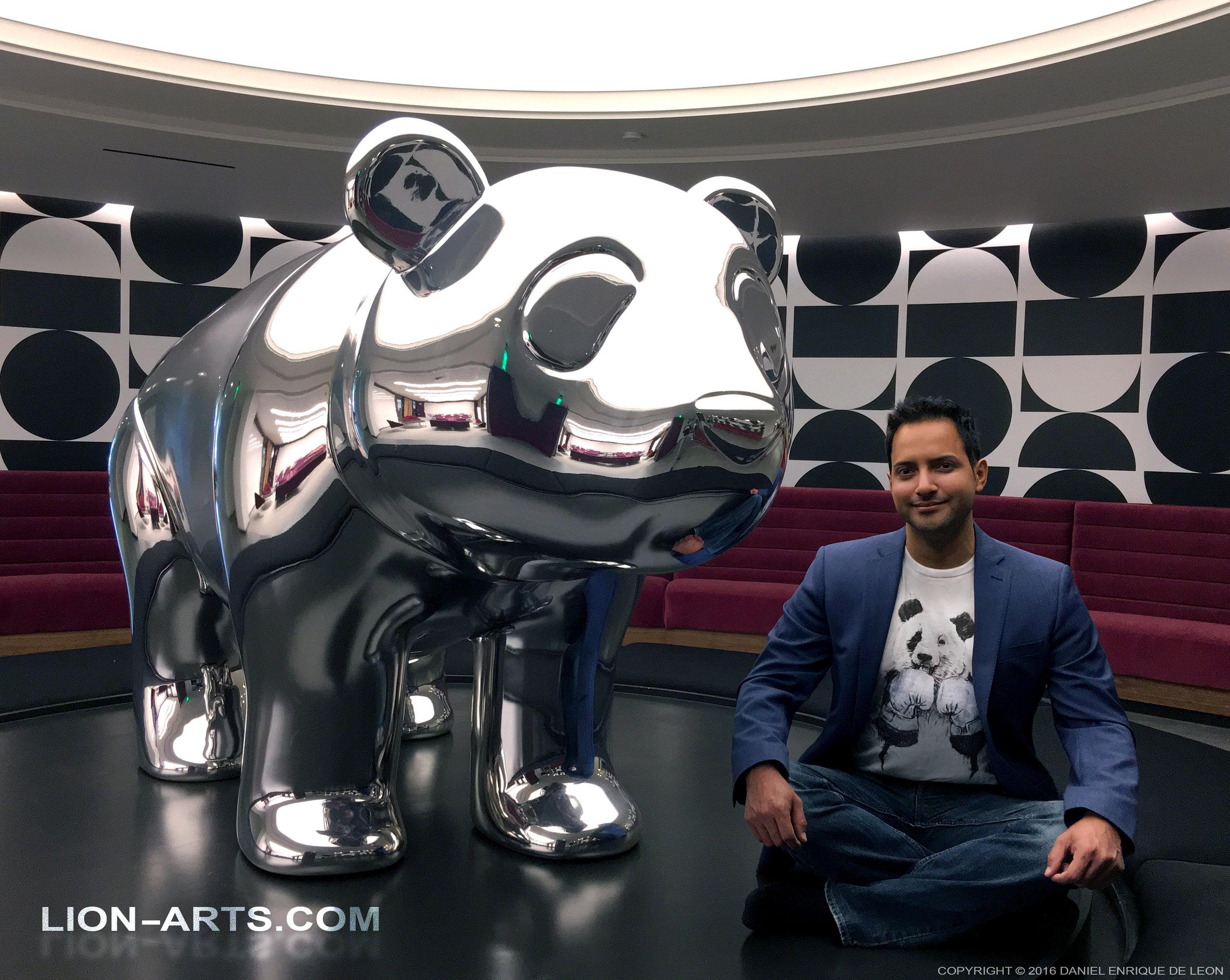DROPBOX HQ (SF) Mascot