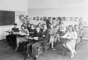 High school, 1936 (Library of Congress)