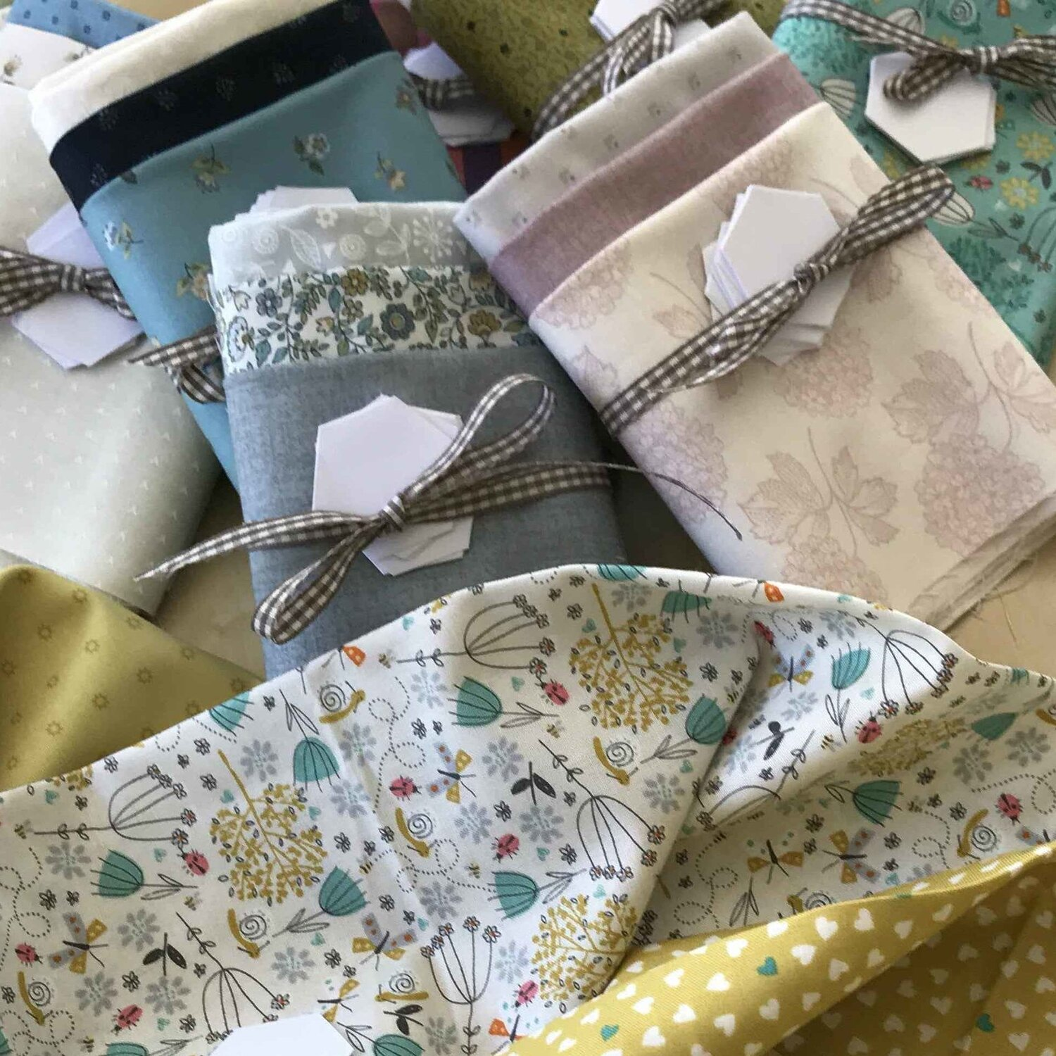 Kingfisher, Makower, Aurifil, Fat Quarters, Patchwork and Quilting Fabric