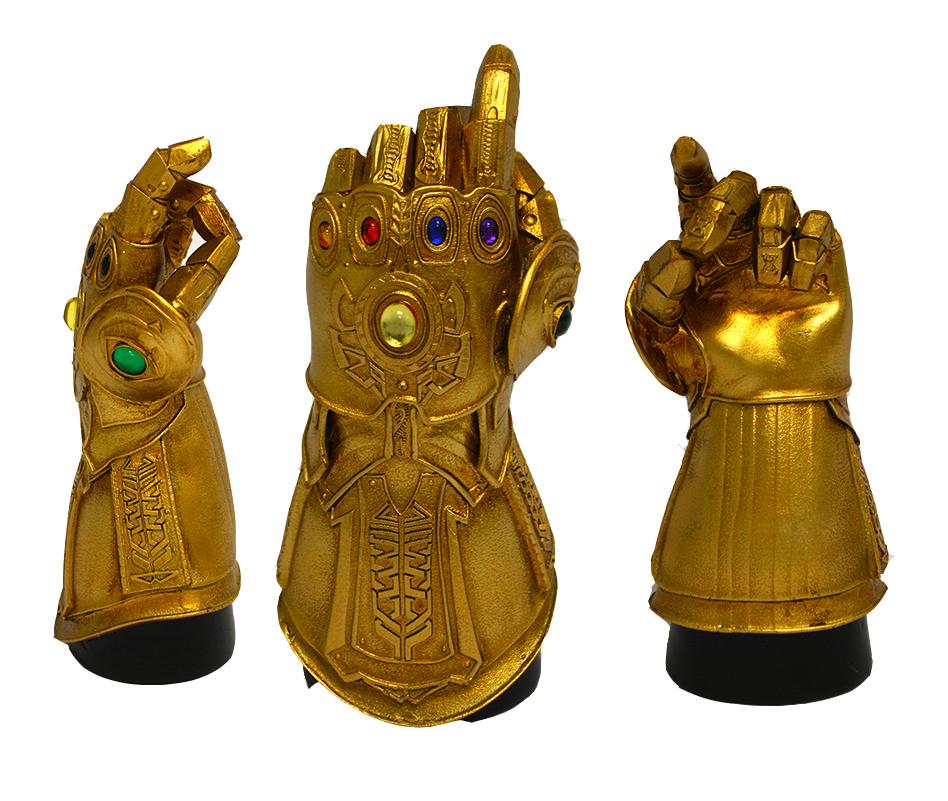 ThanosSnap-DeskMonument_02.jpg