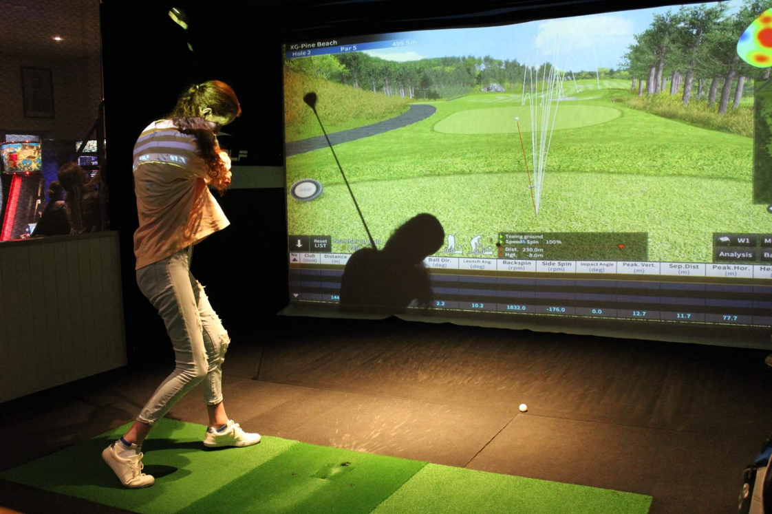 4. Have a shot! Try your luck with indoor golf -
