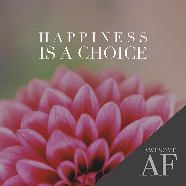 H A P P I N E S S It's not something that you find eventually once your external conditions change to what you want.  It's something that you choose in each moment.  What are you choosing today? #happiness #happinessisachoice #dailypractice #practicehappiness #businesscoach #businesscoaching #businesscoachingforwomen #lifecoach #lifecoaching #lifecoachingforwomen #trishmichael #awesomeaf #clearaf #accountableaf #efficientaf #abundantaf #mindsettraining #mindsettrainer #ownyourbadassery #unleashyourinnerbadass #dahlia #radicalremission #dahliasmakemehappy