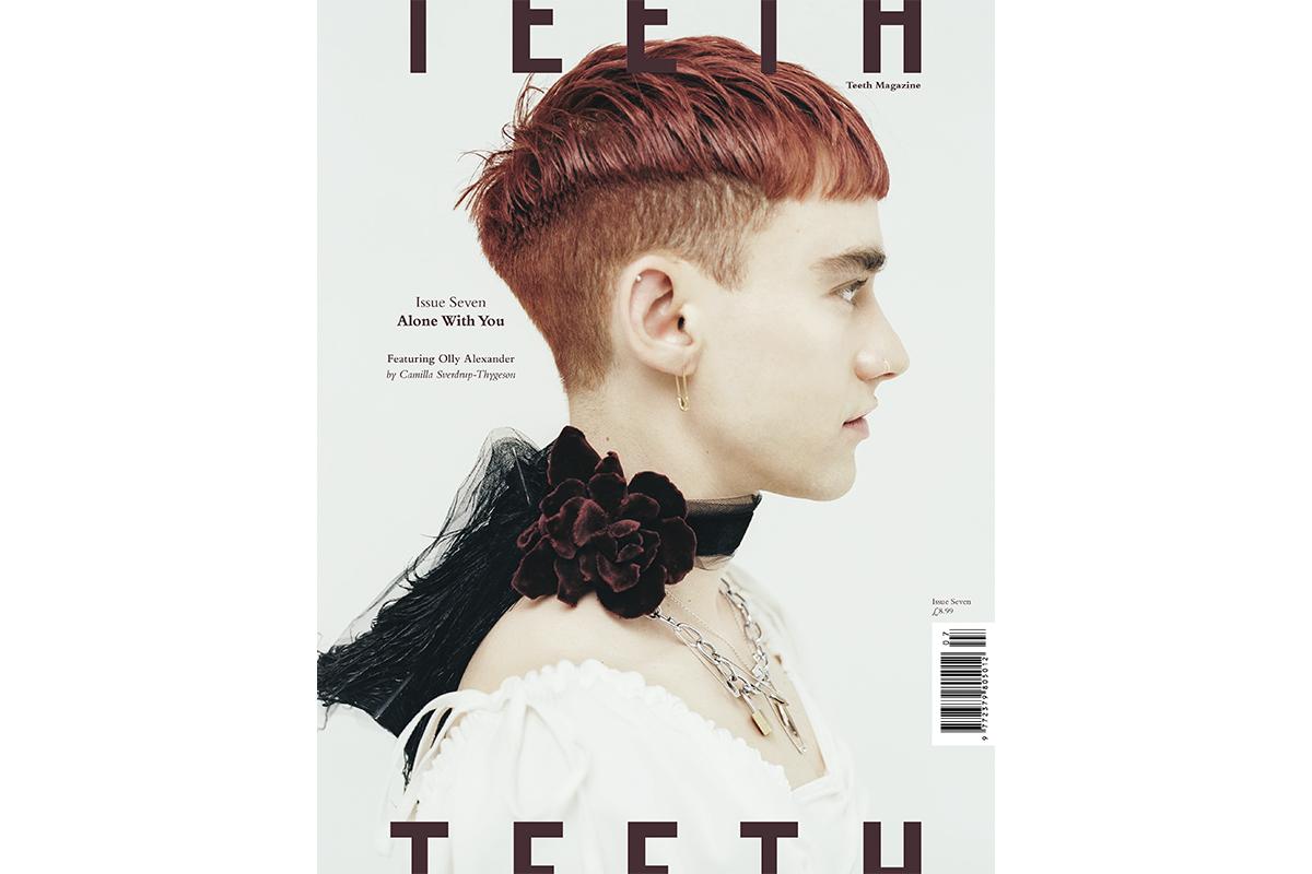 teeth-magazin-olly-alexander-cover.jpg