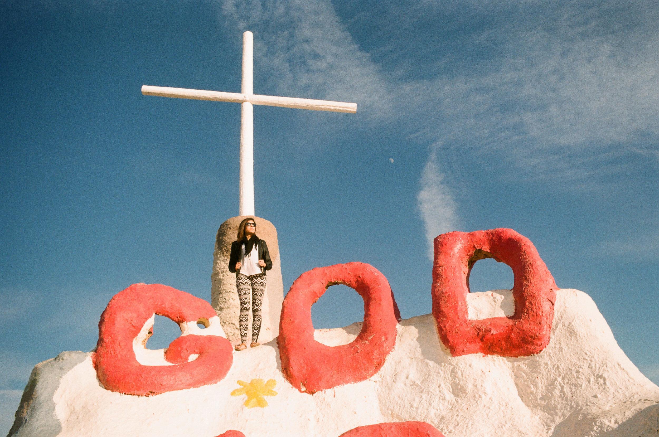 Salvation Mountain_Kodak Gold 200_35mm_5.jpg