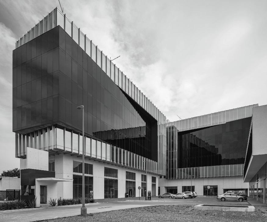 Quadra Towers -  Desarrollo de Usos Mixtos, Carretera Nacional, Mx.