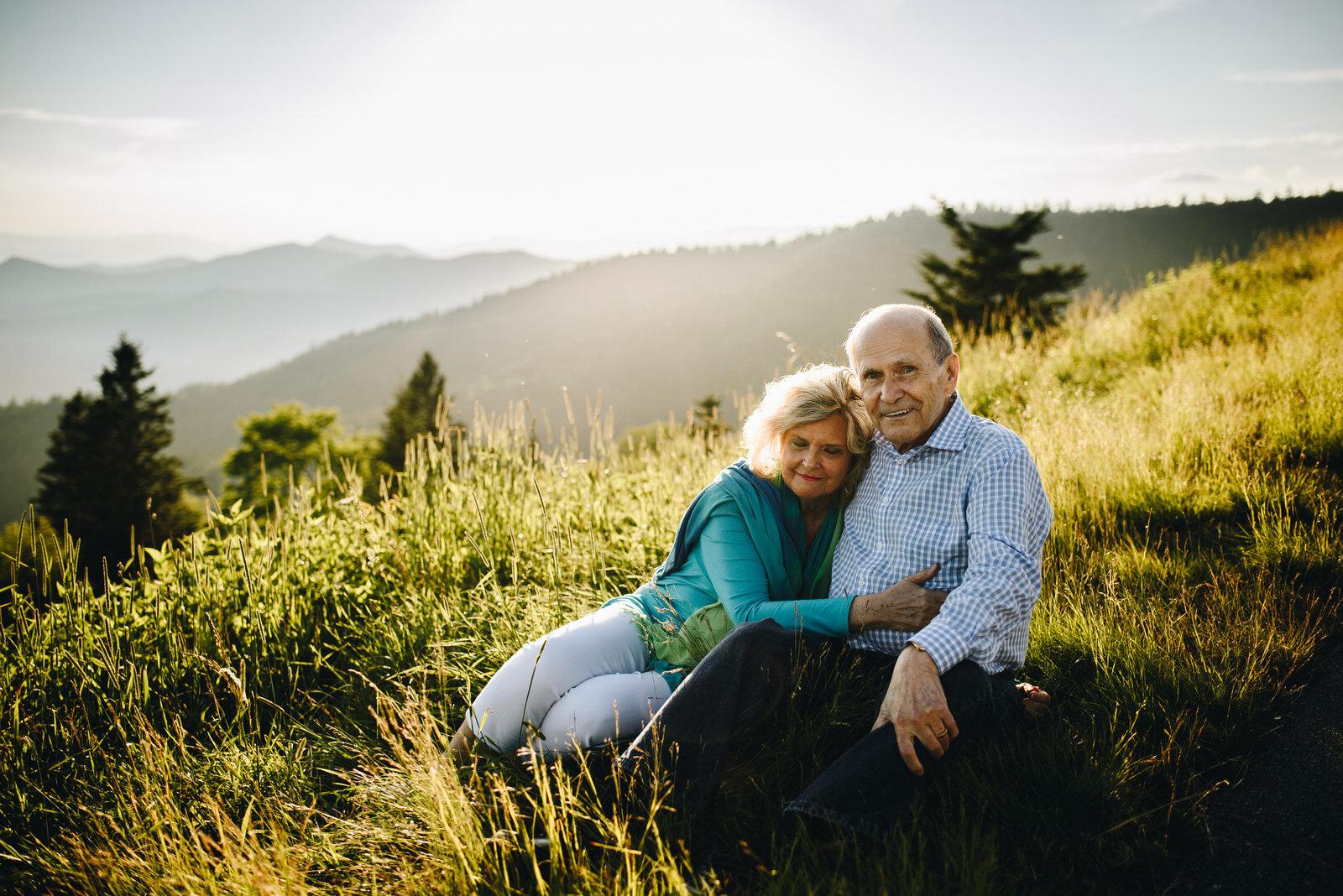Mountain-top-family-photos-asheville-nc (30 of 1).jpg
