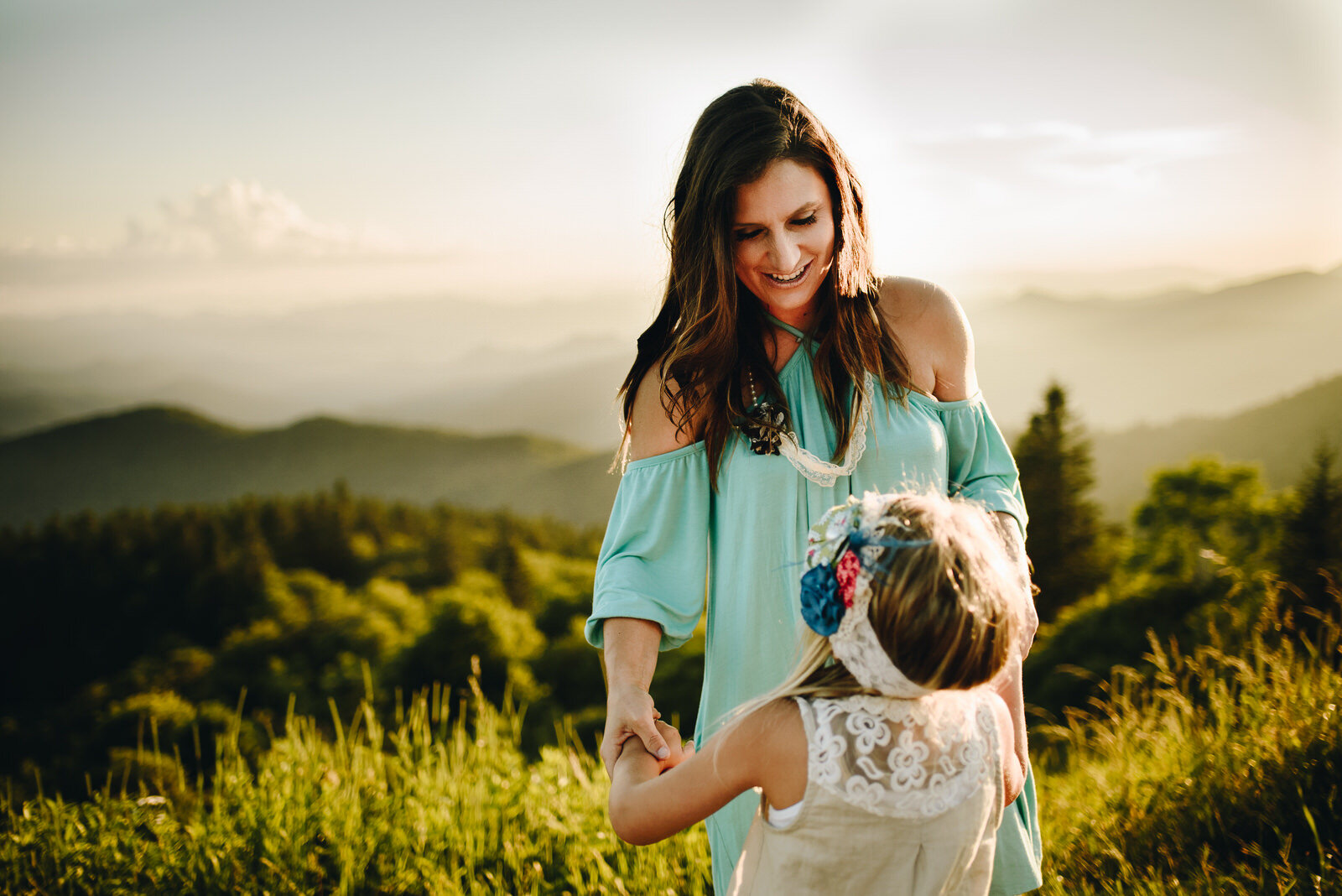 Mountain-top-family-photos-asheville-nc (93 of 1).jpg