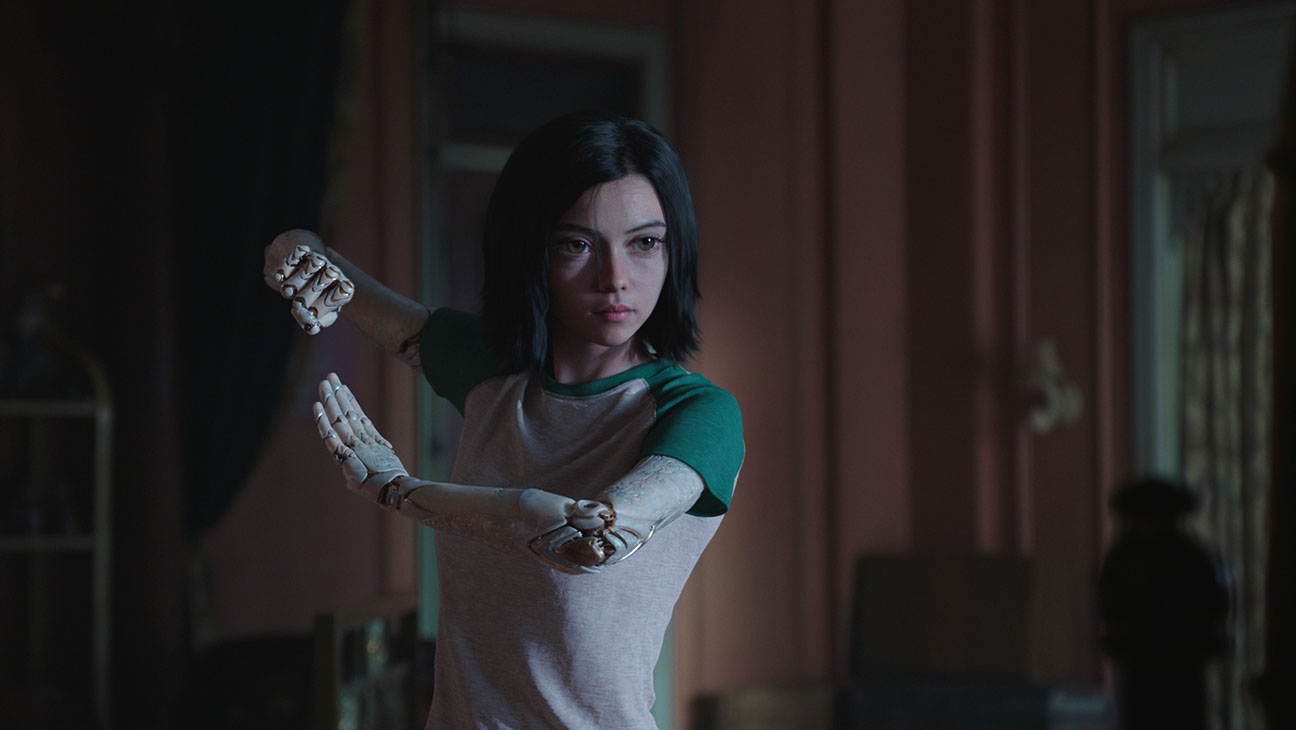 alita-_battle_angel-publicity_still_5-h_2019.jpg