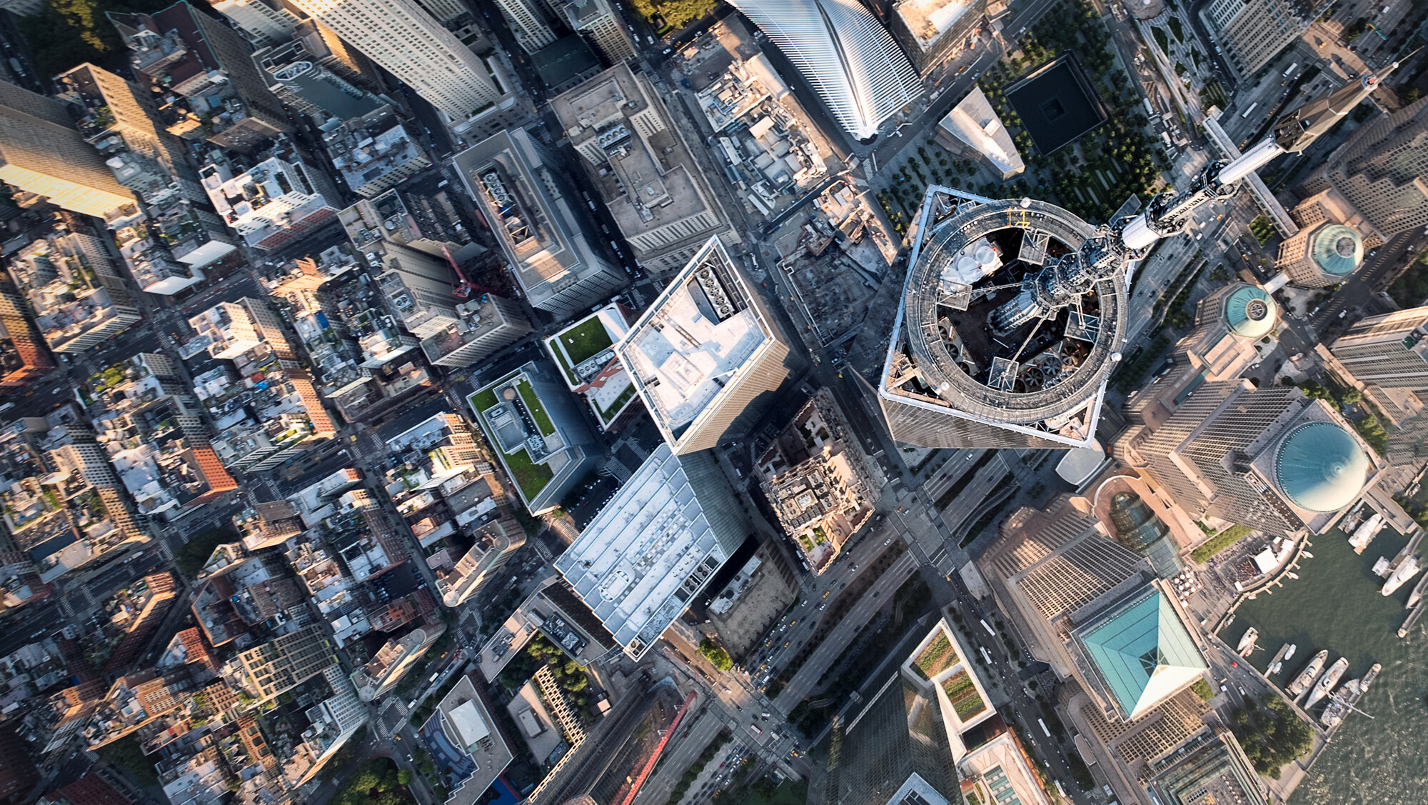 flying-over-freedom-tower-nyc.jpg