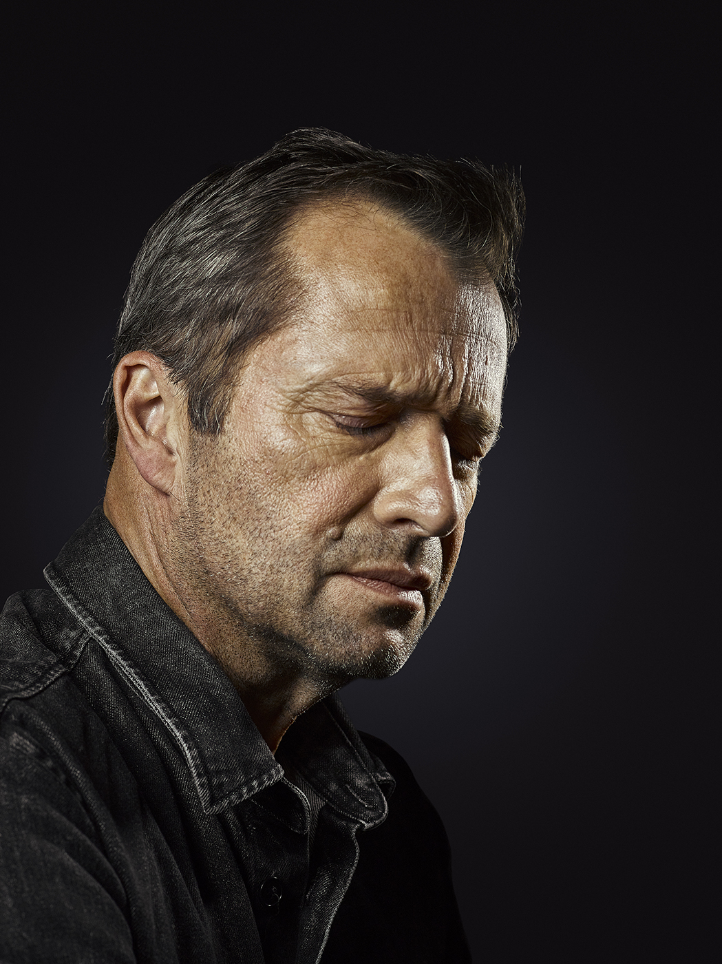 Actor James Purefoy Portrait Sitting (Rory Lewis Photographer)