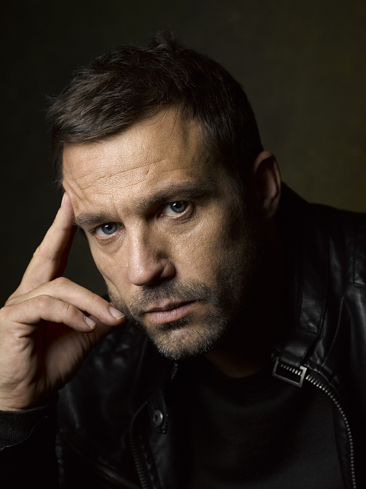 Jamie Lomas Lastolite By Manfrotto Vintage Collapsible Background 1.5 x 2.1m Tobacco/Olive