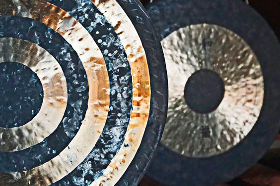 Gong meditation with Sue Johnson - Sue Johnson started life as a radiographer later coming to realise her real passion lay in preventing disease and promoting health. She trained as an acupuncturist in 1991 and then as a Reiki Master in 1997. Her healing experiences gradually took her towards sound, knowing she wanted a powerful instrument and that's when she discovered the gong. Tantalised with the gong meditation she became a gong practitioner.