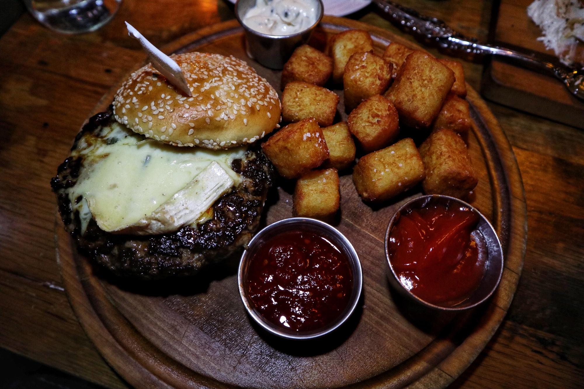 Pub Burger with Cambozola Cheese, Tomato Jam, sub TOTS!