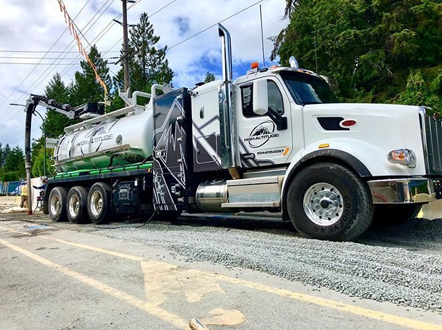 High Altitude Hydrovac Ltd would like to welcome our new coded hydrovac to the fleet. We are now servicing all of B.C with the capability of moving hazards waste and contaminated soil. Give us a call to ask more about our services. Our experienced team would be happy to access you with any of your vacuum truck needs. #codehydrovac #hydrovac #bcservice #spillresponse #spillresponseteam #hazardouswastemanagement #fluidmanagement #industrialcleaning #excavating#highaltitudeltd