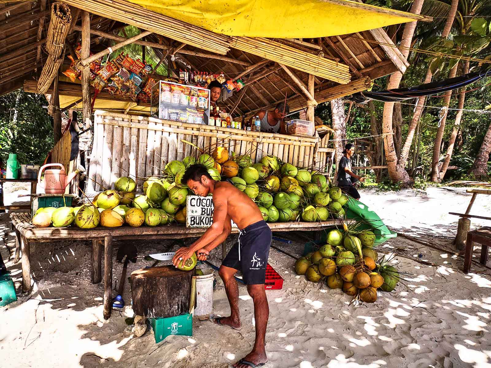 travel-blogger-redhead-round-the-world-philippines-4.jpg