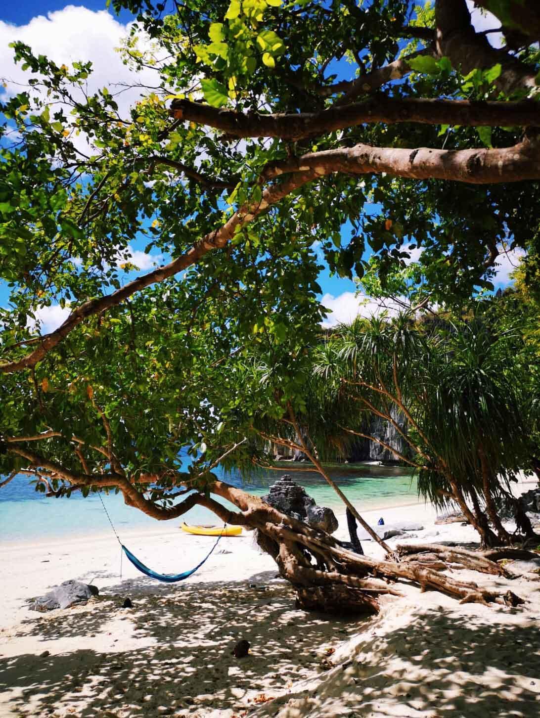 travel-blogger-redhead-round-the-world-philippines.jpg